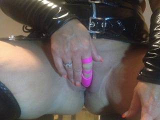 Feel like I\'m gonna squirt some pussy juice all over him !