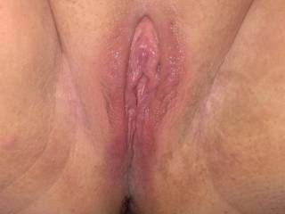 she shaved her pussy tonight, do you like?