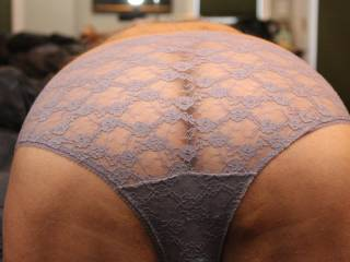 Super cute ass! I'd like to see the same shot in in sheer white nylon panty with lace trim.