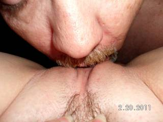 suck all that sweet pussy juice and cum!!! yummy