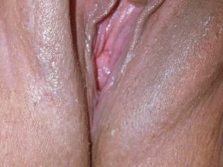 mmmmmm just rubbing the base of my clit