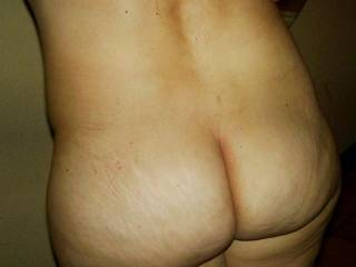 This is my wife�s 5 cm crack.we love men from all over the world to enjoy the view of her crack and her whole beautiful body.And we love  and thank you to see pics of my wife's pics on people's desktops or  screensavers or printed and hanging on a wall