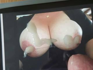 I love those big tits I had to cum on them