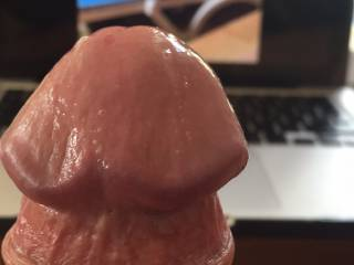 my friend Princesslouisa nows how to make my cock dripping wet!! what would you do to my head? xxx