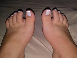 Got my pretty toes done for u foot lovers