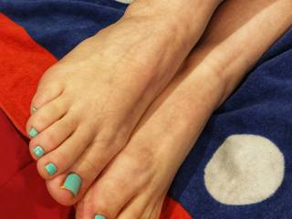 Such beautiful feet and toes! She does a great Footjob too.