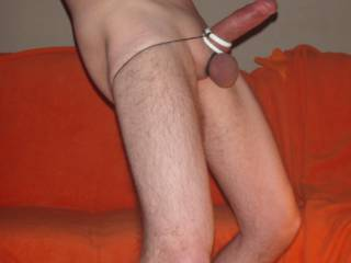 Love the feeling when i hold back my foreskin and wank my glans