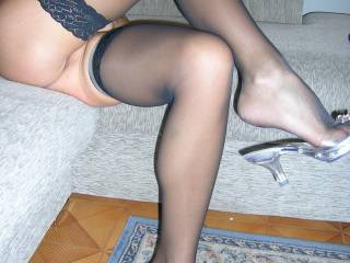Well yes I do love those legs but I do say my god those toes are so sexy