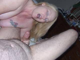 Very very Sexy, Beautiful lady with a luscious mouth and a cock head that looks totally delicious!! 10/10 xxx