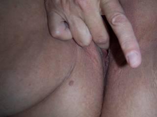 pussy,masturbating,Close Ups,Mature Women,