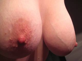 LOVE the vein popping out, so nice, just shows how big and heavy those badboys are, i want to suck on them so bad