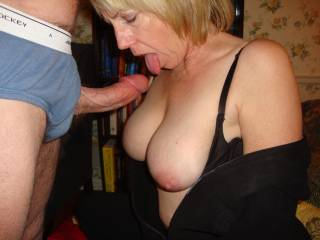 yes please. wow i'd love to feel your hot lips around my cock. ;)