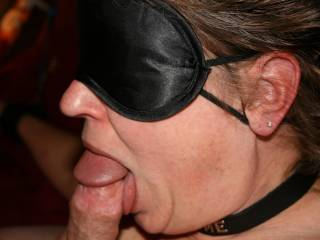 a talented Slave !!!!! nice Collar she is Hot