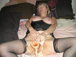 I'd love to watch you using this toy on yourself...after I've given you a good fucking. Watching you playing would be the ideal thing to get me up and ready to give you another good seeing to xxx :-)