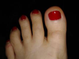 Would you suck those toes if she put them in your face while you were balls deep in her wet pussy?