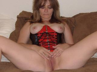 I love this outfit so hubby decided to get some pics of me wearing it!!!