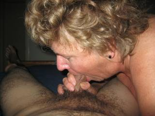Mmmmm, would love her to suck me!!  Love a mature woman who loves hot sex!!  So hot!!