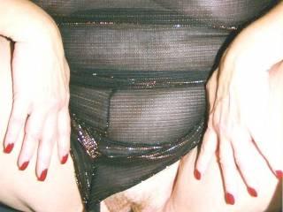 i'd finger that wet sloppy pussy all night-amazing!!!!!!!!!