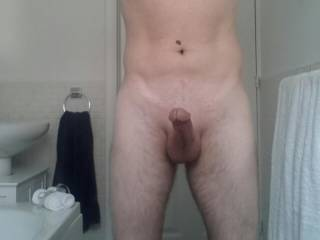 I would love to suck and ride that cock for you