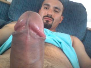 My cock is so hard it's throbbing! This guy could use a head massage.
