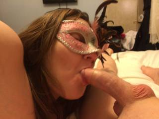 Having a little fun after work and she has a wonderful Mouth
