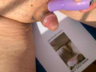 Was feeling so horny and decided to do a cum trib for wellhungtongue69.  My cock looks so cute.