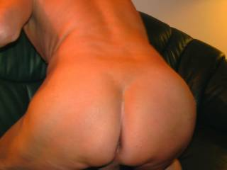 I wanna spank that naughty ass.
