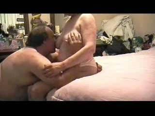 Love mature titties........very nice