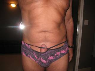 Yes they do. Very sexy. Looks like those sexy panties get you very excited. You stand out very well. Thx.