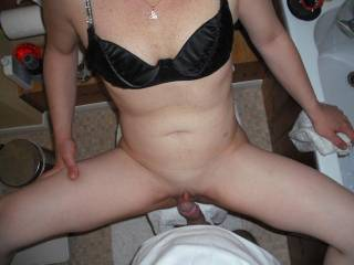 His cock fucked my shaved pussy xxx