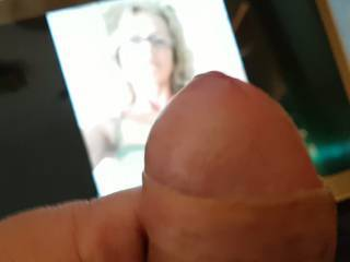i like to..masturbate.like ro tribute..cumcocerover....to not totally naked..wearing lingerie..or clorhhes..her wish was....upload here..her wishes..my pleasures..thxx