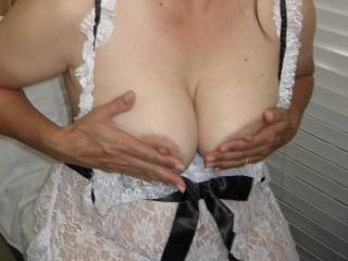 Playing with my nipples during a zoig video chat yesterday...