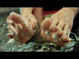 hubby is obsessed with my feet and spent one hour to make me this video. Don\'t you think he could have used the time better?