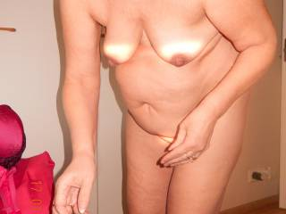 What you think about her mature body......