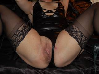 Cheating married Pussy &  Asshole I use.  MILF of 3 needed more... Been servicing her for almost 6 yrs.& she\'s still married. Loves being a Hot married whore.