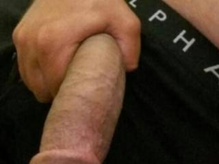 23.5cm of FAt cock for the cougars, milfs an them horny asf 18yr olds!