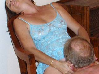 Candi Annie has a climax as Al gets on his knees to lick her pussy