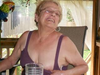 Do you like older women ?????
