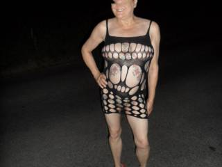 Hi all took a nice long stroll last night, cool air no one around so why not? dirty comments welcome mature couple
