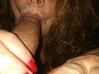 Reds pretty lips !