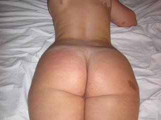 damn how i would love to smack your juicy ass as i drive my throbbing dick deep inside your hungry pussy