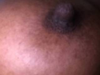 I love for my long nipples to me sucked