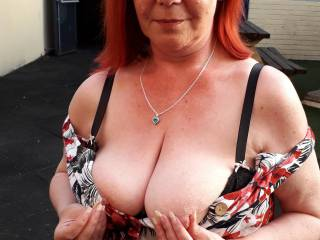 Feeling a little naughty at the pub so thought I\'d flash hubby my boobs, he didn\'t seem to mind, what would you do if i flashed you?