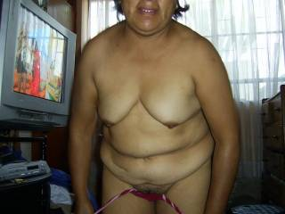 Wonderful chubby. Nice tits to suckle on and a gorges tummy to cum on.