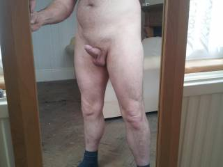 I wish that I was kneeling in front of you licking and sucking on your cock mmmmmm