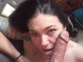 Pretty face, sensuous lips, sexy sultry eyes, and big veins popping hard cock, wow I wanna play too!