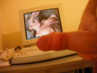 Wanking as Peter North hots up the action with another porn star floozie, the lucky horny pair!!!
