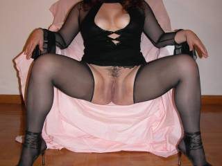 Such a naughty slut! Hard to get anything done at your house. I'm not sure we would ever get out of the house!!!!!!!!
