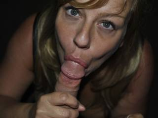 Great picture! You look so hot sucking that cock! Can we see the cum shot? Better yet,can I give you a nice big cum shot?