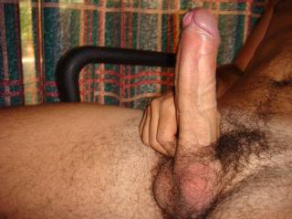 Look at.that.cock.i.m hetero and have 6 inches. But i would love.to.see.you poumd some pussy with that. Hell i.would like to.see u jack it off and cum.